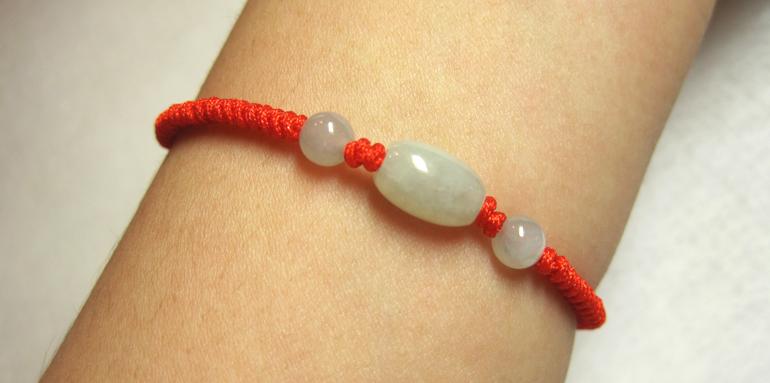 本命年红绳手链 本命年手工编织红绳天然翡翠路路通玉珠子红绳手链 红